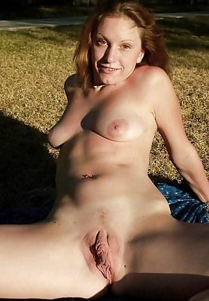 Pussy bilder milf Free MILF
