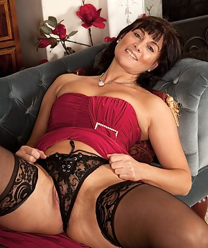 MILF Cameltoe Porn Pictures
